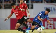 Muangthong rơi xuống đáy bảng Thai League