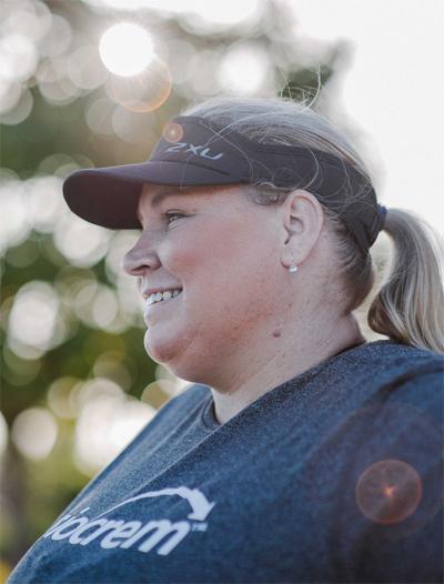 Bỏ mặc những lời đàm tiếu, chê bai là bí quyết của Hay khi tập trung hơn vào chạy bộ.