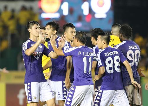 Kết quả hoà 1-1 trên sân đối phương giúp Hà Nội nắm lợi thế tại bán kết.