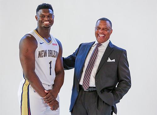 Zion Williamson, thời trung học, cao 1m98 nhưng là nỗi khiếp sợ cho mọi đối thủ ở khu vực dưới rổ. Tại kỳ Draft năm nay, anh được New Orlean Pelicans chọn. Ảnh: AP.