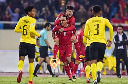 Malaysia thua Việt Nam ở chung kết AFF Cup 2018. Ảnh: Đức Đồng.