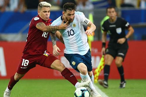 Messi cùng tuyển Argentina đã vào bán kết Copa America 2019. Ảnh: AFP.