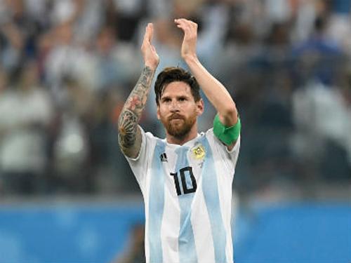 Messi từng tuyên bố giã từ đội tuyển sau chung kết Copa America 2016. Ảnh:AFP.