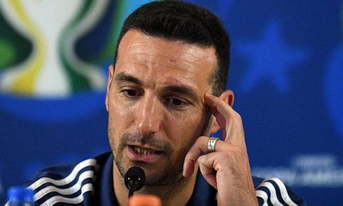 Scaloni chưa hết ấm ức vì trận thua Brazil hôm 2/7. Ảnh: AFP.