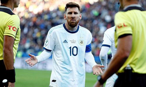 Messi nhiều lần than phiền vì công tác tổ chức của Copa America 2019. Ảnh: AFP.