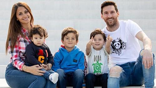 Gia đình sẽ là động lực giúp Messi đưa Argentina vào tứ kết mừng tuổi 32.