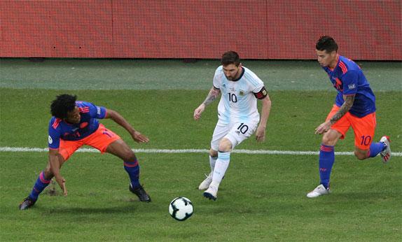 Argentina vẫn chưa trở lại là một đội bóng thực sự. Ảnh: Reuters
