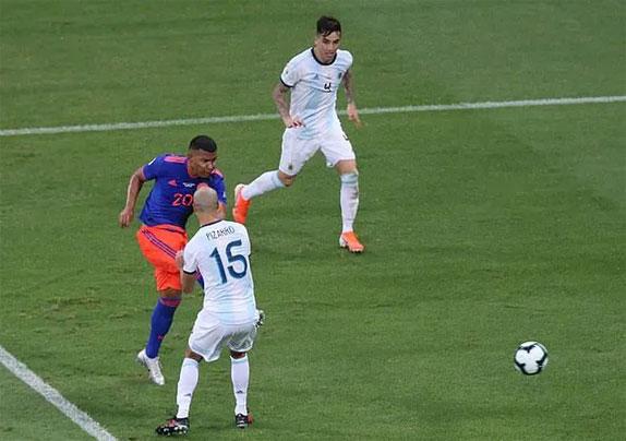 Colombia thắng thuyết phục và xứng đáng.