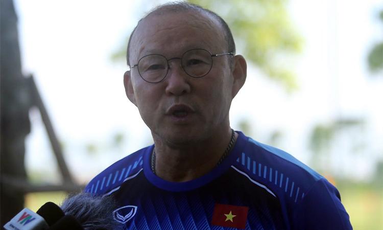 HLV Park Hang-seo từng bị đồn đòi lương hai triệu đôla Mỹ mỗi năm. Ảnh: Nam Anh.