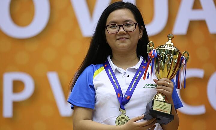 Bạch Ngọc Thùy Dương (thành viên đội tuyển cờ vua nữ quốc gia) không có đối thủ ở nội dung G17.
