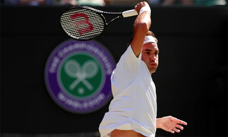 Federer mắc nhiều lỗi đánh hỏng ở chung kết.