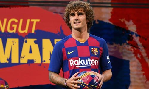 Barca không có sẵn tiền để thực hiện những vụ chuyển nhượng lớn. Ảnh: Reuters