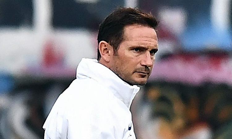 Mục tiêu của Lampard trong mùa đầu cùng Chelsea là có một suất trong top 4 Ngoại hạng Anh. Ảnh: PA.