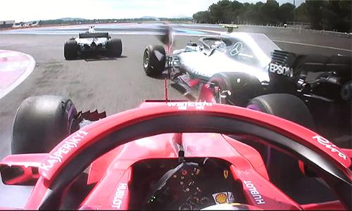 Cú phanh muộn khiến Vettel va chạm với Bottas, ảnh hưởng đến kết quả thi đấu của cả hai tại GP Pháp. Ảnh: Sky Sports.