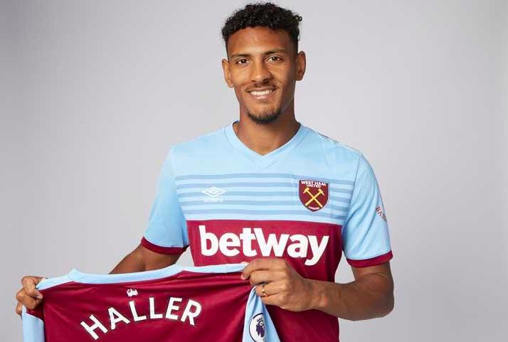 Haller trưởng thành từ lò đào tạo trẻ lừng danh của bóng đá Pháp Auxerre, trước khi sang Hà Lan khoác áo Utrecht, rồi sang Đức chơi cho Frankfurt, rồi đầu quân cho West Ham.