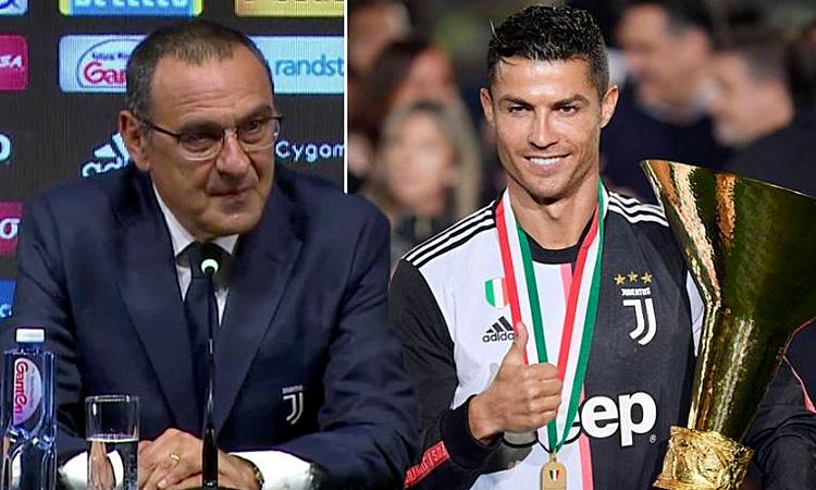 Sarri coi Ronaldo là cầu thủ hay nhất thế giới lúc này. Ảnh: Standard.