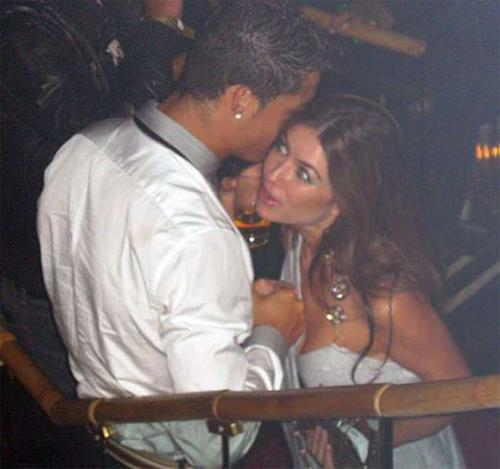 Cơ quan công tố Mỹ kết luật không đủ căn cứ để điều tra hay khởi tố Ronaldo theo cáo buộc hiếp dâmcủa Kathryn.