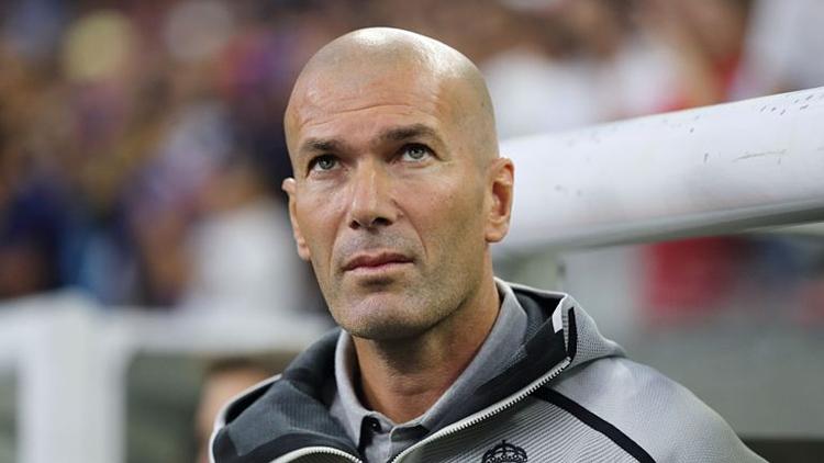 Zidane bỏ ngoài tai chỉ trích và cho rằng kết quả đá giao hữu không quan trọng. Ảnh:Sky.
