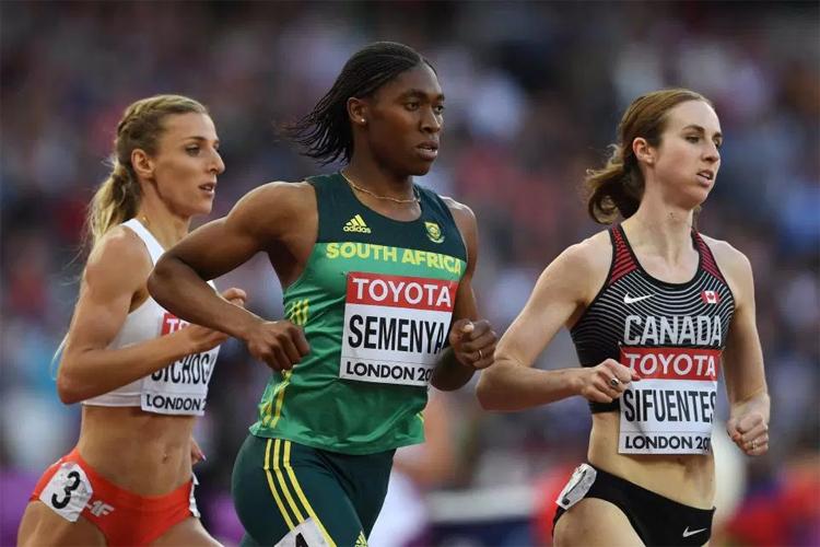Semenya là chân chạy số một ở cự ly 800 mét khi đã ba lần vô địch thế giới và hai lần giành huy chương vàng Olympic. Ảnh: AFP.