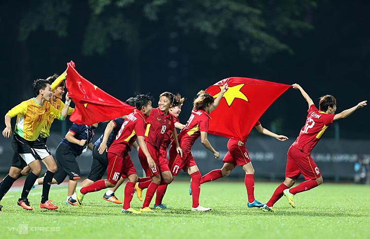 Với việc FIFA mở rộng số đội tham dự World Cup sẽ mở ra cơ hội cho tuyển nữ Việt Nam. Ảnh: Đức Đồng.