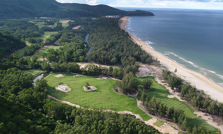 Sân golf Laguna Lăng Cô, do cựu vô địch Masters Nick Faldo thiết kế, sẽ tổ chức Lexus Challenge 2019.