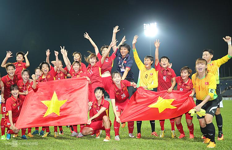 Tuyển nữ Việt Nam giành HC vàng SEA Games 2017 nhưng ở giải vô địch Đông Nam Á, Thái Lan đang có ba lần lên ngôi liên tiếp. Ảnh: Đức Đồng.