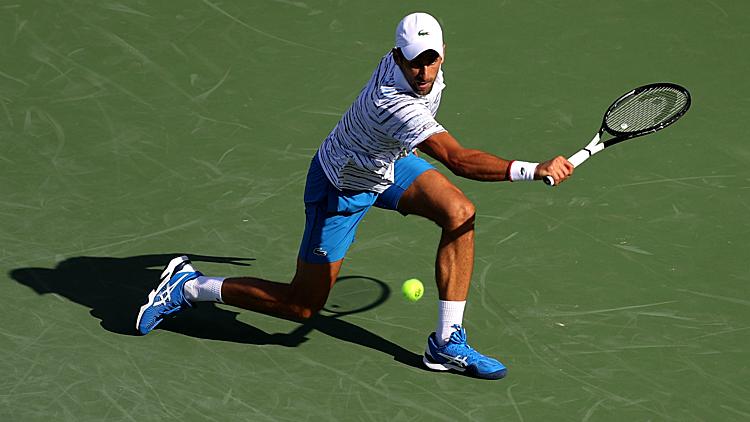 Djokovic khởi đầu ấn tượng trên hành trình bảo vệ chức vô địchCincinnati Masters. Ảnh: FOX.