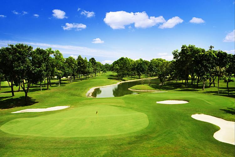Một góc sânVietnam Golf & Country Club.