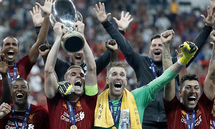 Đây là chức vô địch đầu tiên trong sáu danh hiệu Liverpool có thể đạt được mùa này. Ảnh: AP.