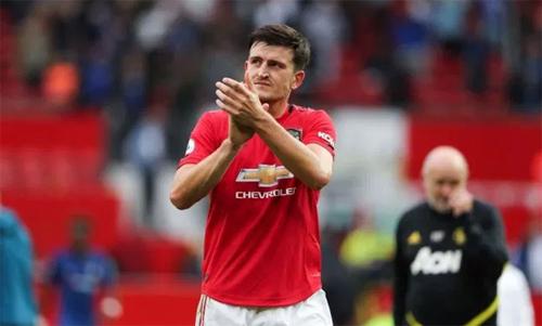 Maguire thành công ngay từ trận đầu trong màu áo Man Utd. Ảnh: Reuters