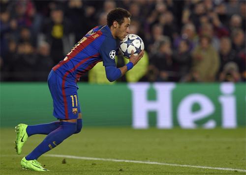 Neymar chuẩn bị tái hợp với Barca.