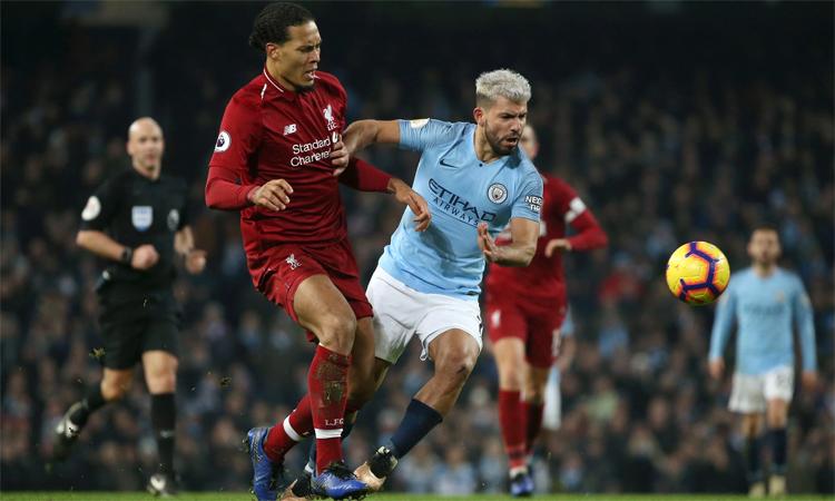 Liverpool từng tiệm cận Man City mùa trước, nhưng vẫn phải ngậm ngùi nhìn thầy trò Guardiola đăng quang.