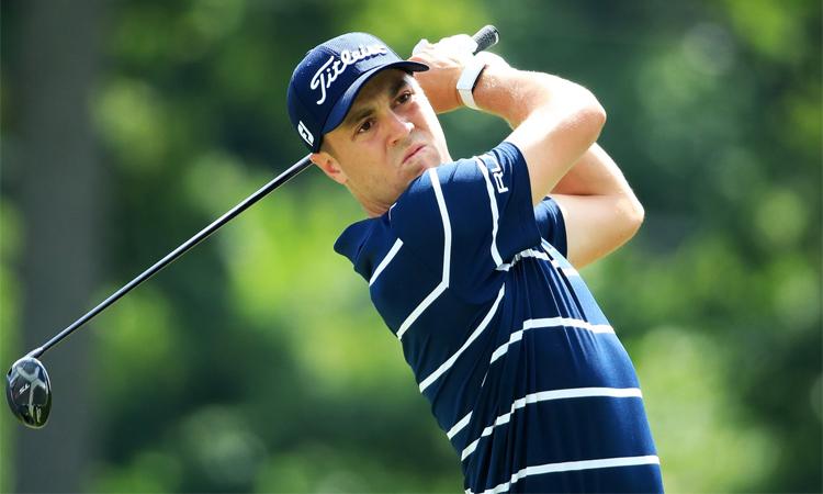 Justin Thomas khởi đầu tốt hơn kỳ vọng của chính anh ở BMW Championship. Ảnh: PGA Tour.