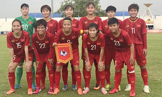 Đội hình ra sân của Việt Nam ở trận mở màn gặp Campuchia. Ảnh: VFF.