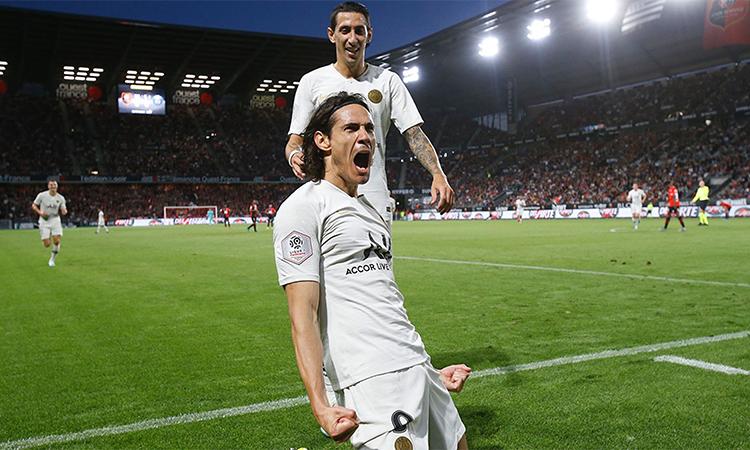 Cavani giúp PSG khởi đầu thuận lợi.