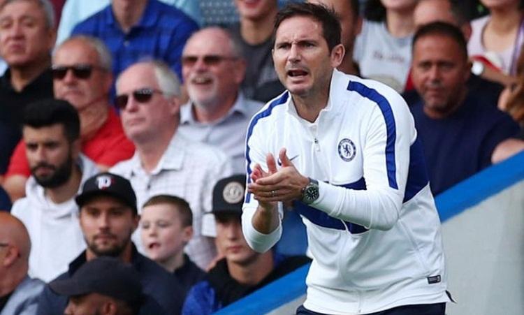 Lampard liên tiếp đón tin vui, chờ chiến thắng đầu tiên