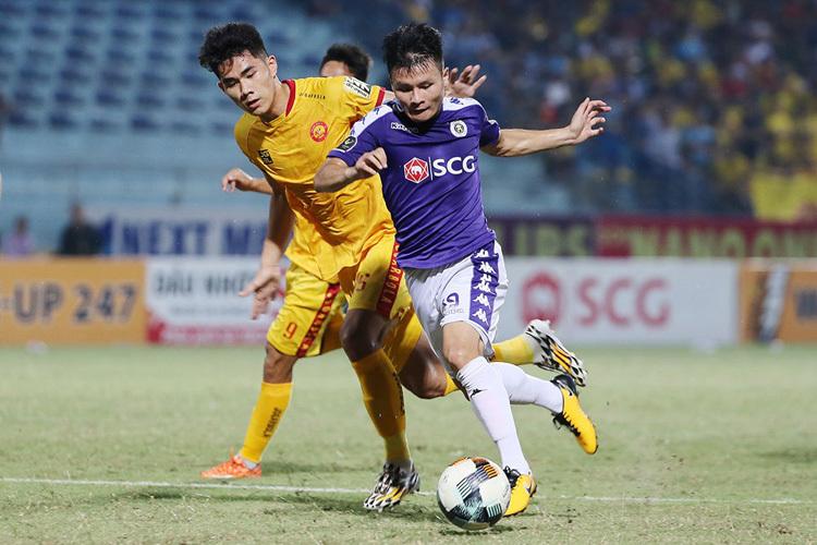 Hà Nội đang đặt nhiều hi vọng vào Quang Hải, cầu thủ đã có hat-trick kiến tạo và một bàn thắng trong hai trận gần nhất.