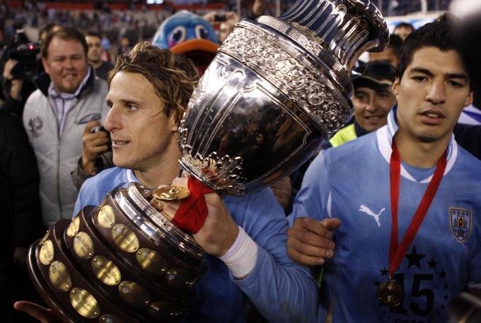 Vô địch Copa America 2011 là danh hiệu tập thể lớn nhất của Forlan cùng tuyển Uruguay.
