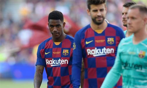 Firpo (trái) là phương án dự bị cho Jordi Alba mùa này.