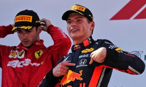 Verstappen và bảy chiến thắng chặng ở F1