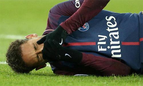 Neymar thường xuyên làm bạn với chấn thương gần hai năm qua.