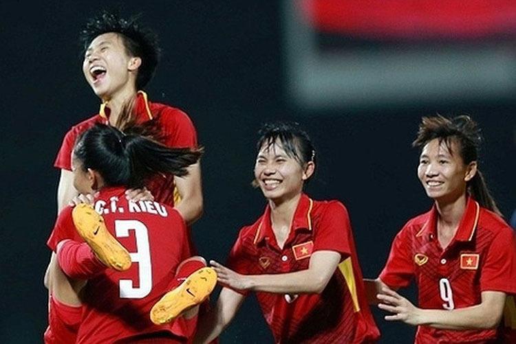 Việt Nam giành chiến thắng nhọc nhằn trước Philippnes để giành vé vào chung kết.