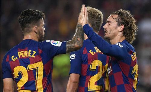 Những nhân tố mới của Barca đều lên tiếng.