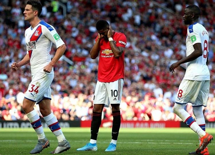 Man Utd thất bại trước Crystal Palace trong trận đấu họ kiểm soát bóng tới 71%. Ảnh: PA.