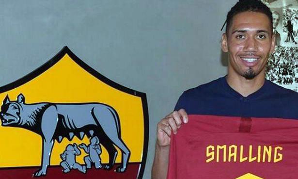 Smalling ra mắt AS Roma tối 30/8. Ảnh: Reuters.
