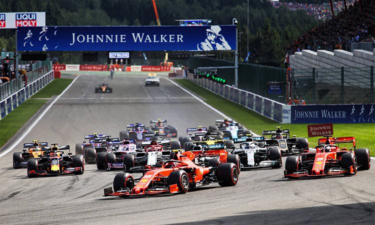 Lợi thế xuất phát đầu cùng đặc điểm đường đua có đoạn thẳng dài được Ferrari tận dụng triệt để. Ảnh: F1.