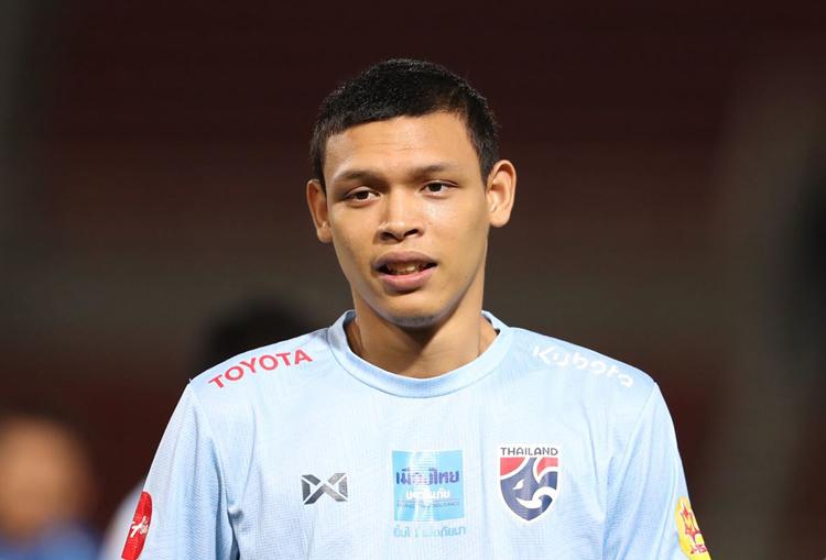 Tiền đạo Thái Lan chưa quên tấm thẻ đỏ ở trận gặp Việt Nam