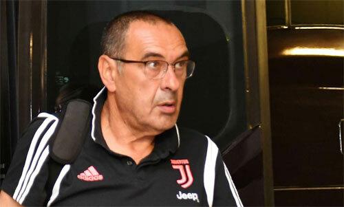 Sarri sắp trở lại chỉ đạo Juventus thi đấu.