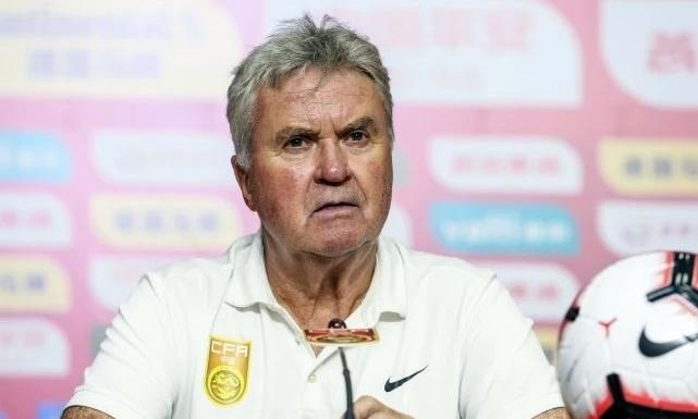 HLV Hiddink có nhiệm vụ giúp Trung Quốc giành vé dự Olympic Tokyo 2020. Ảnh: QQ.