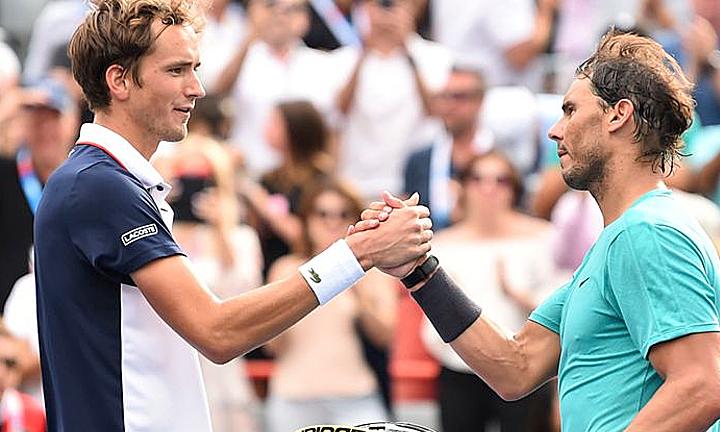 Nadal (phải) thắng dễ Nadal tại lần gặp tháng trước. Ảnh: Sky.